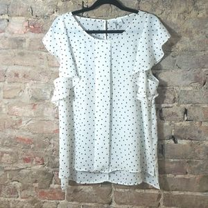 Elle white with black polka dots top. Size Large
